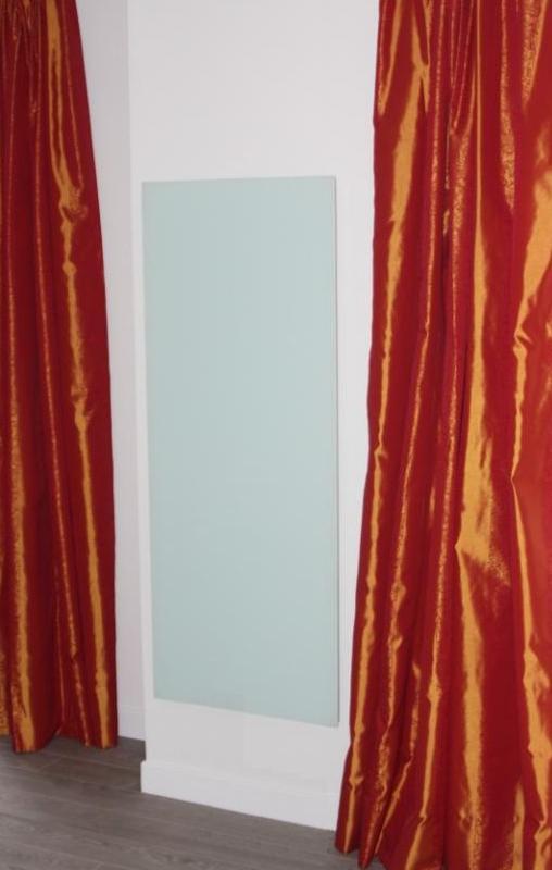 Radiateur-infrarouge-design-HGE-615-1250-Watt-en-verre